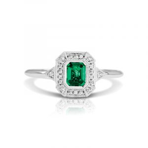 Emerald Cut green emerald gemstone and Diamond antique Style fashion Ring